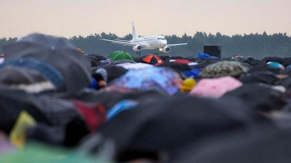 Можно ли провозить зонт в ручной клади самолета?