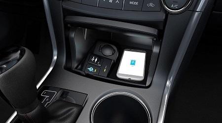 Главное в автомобиле - беспроводная зарядка!