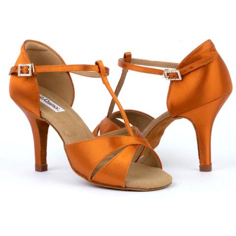Как выбрать обувь для бальных танцев