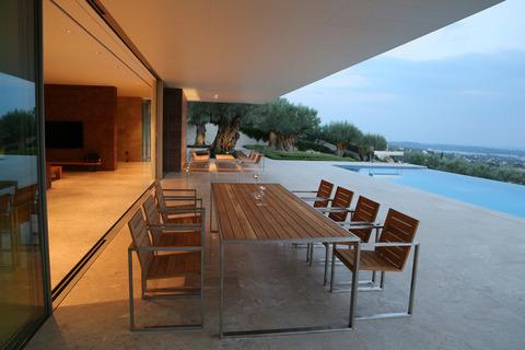 Мебель для сада из дерева и металла для нашего заказчика в Греции
