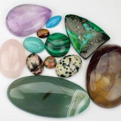Каменные кабошоны