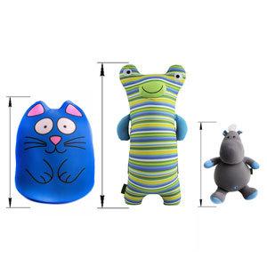 Большие мягкие игрушки и подушки
