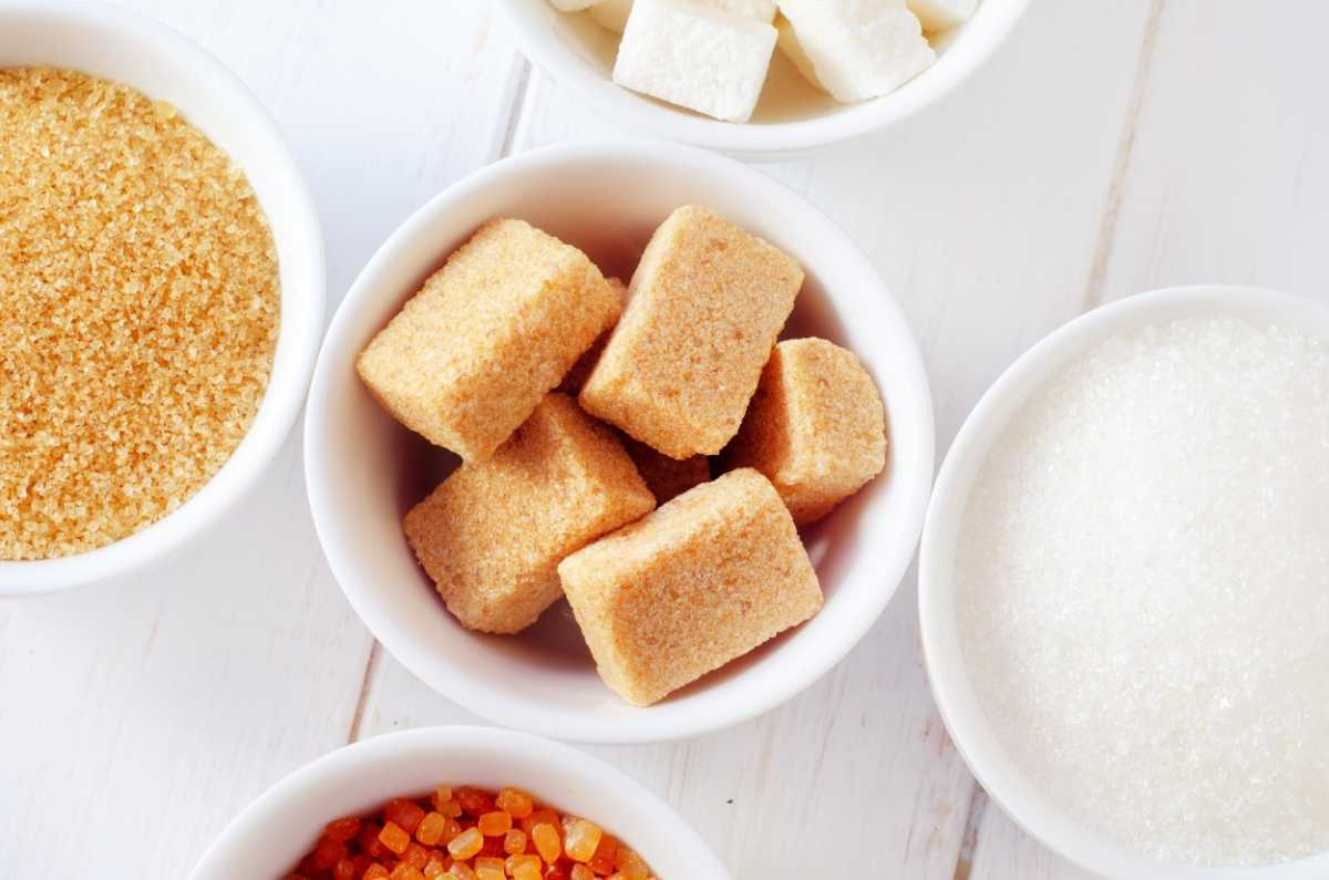 Мука, соль, сахар, сода