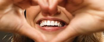 Зубные нити и зубочистки