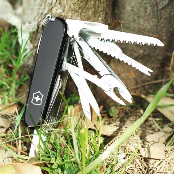 Складной многофункциональный нож Victorinox SwissChamp (1.6795.3) 91 мм., 33 функции, цвет чёрный - Wenger-Victorinox.Ru