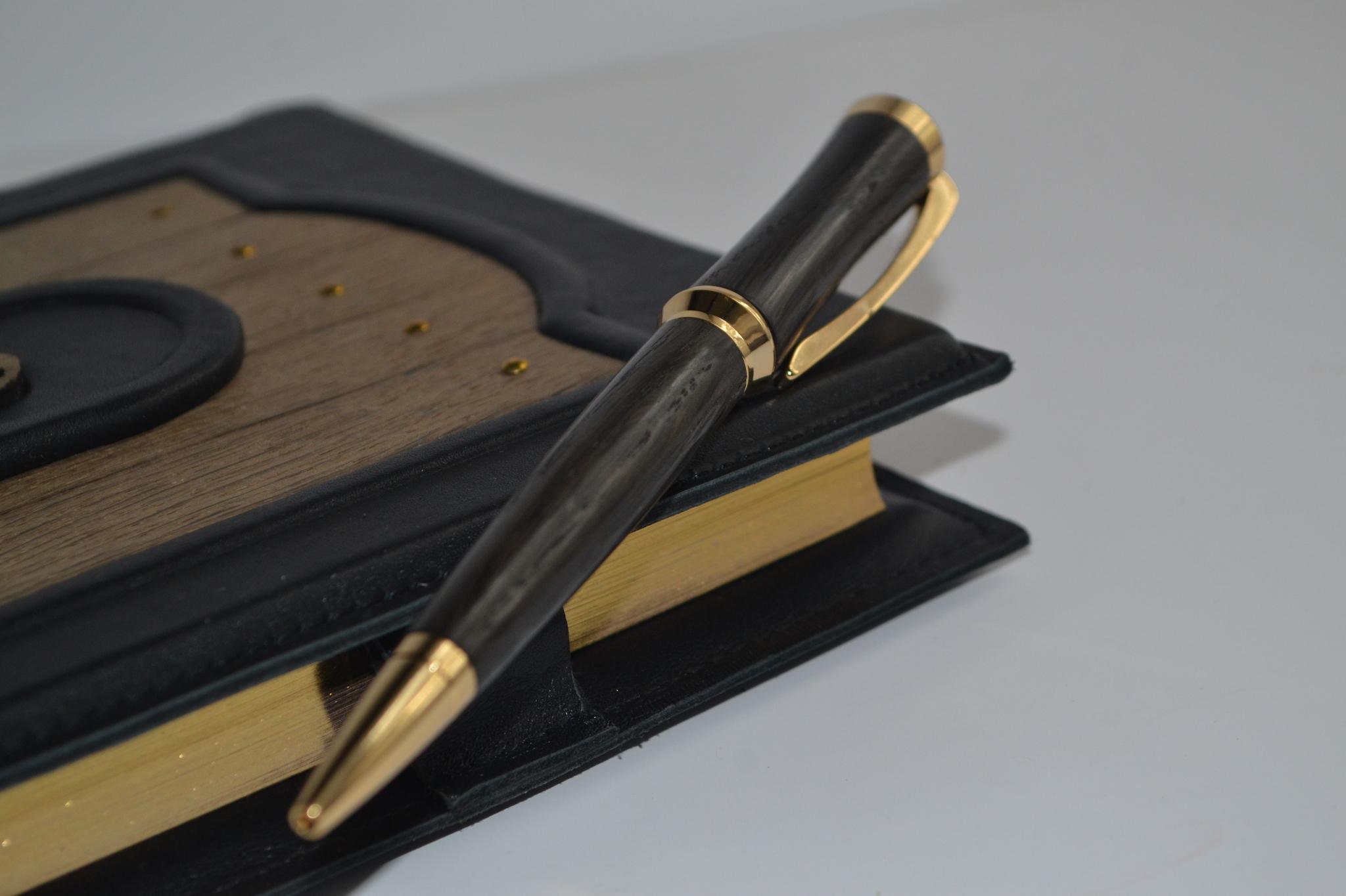 шариковая ручка премиум