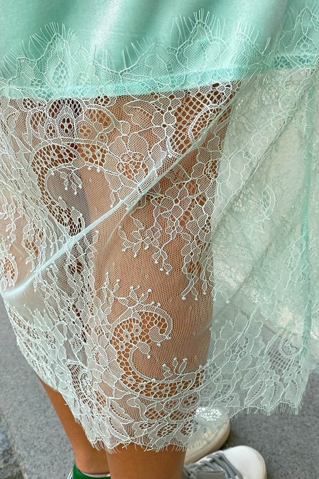Платье комбинация с кружевом