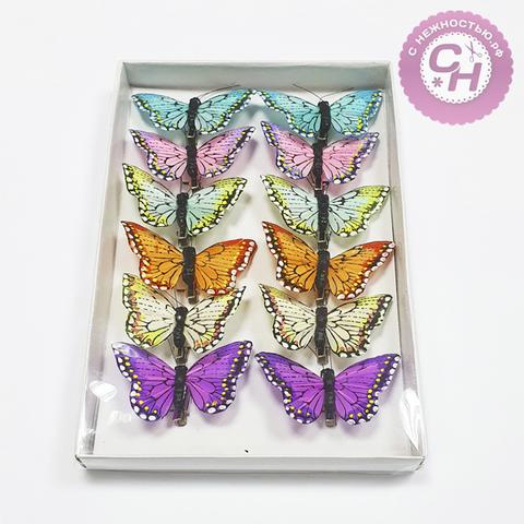 Бабочки цветные перьевые на зажиме, 8 см, 1 шт.