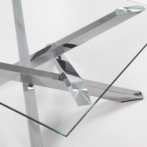 Журнальный столик Mikado 90 x 90 см стеклянный