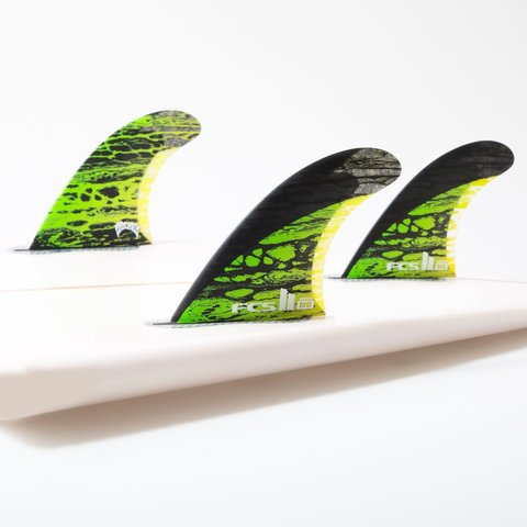 FCS II MB PC Carbon Green Medium Tri Retail Fins компл. из трех М