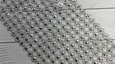 Стразы на тканевой основе Цветок средний 11.5*100см
