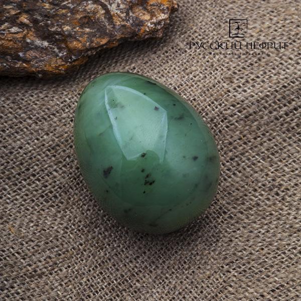 Яйца из нефрита Яйцо из светло-зеленого нефрита Egg_3.jpg