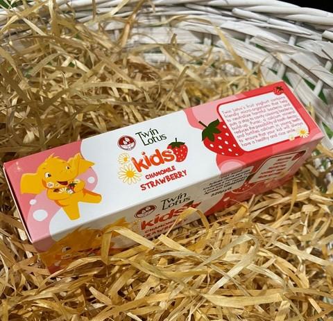 Зубная паста детская Клубника и Ромашка Twin Lotus Kids 50г Тайланд
