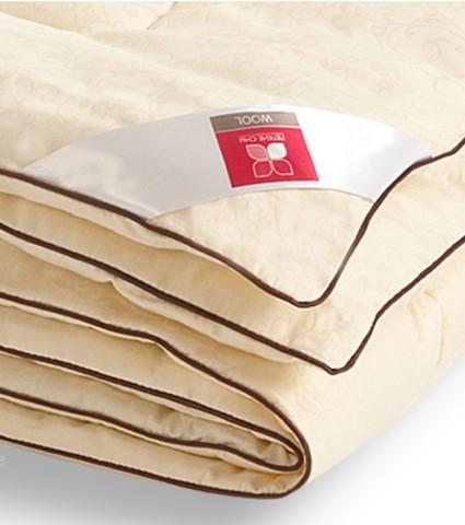 Одеяло легкое из шерсти кашемировой козы Милана 140x205