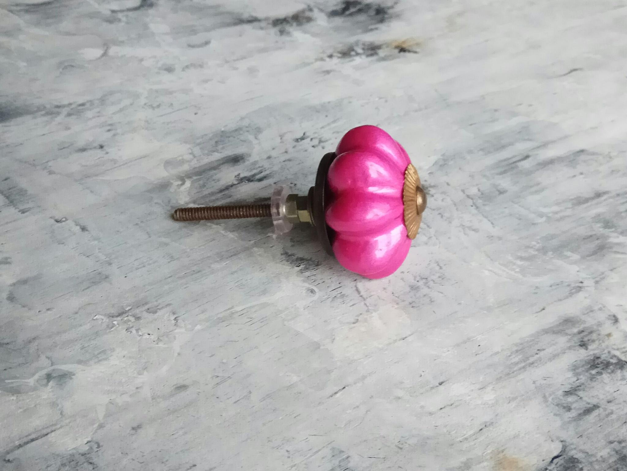 Ручка мебельная керамическая фуксия, арт. 00001066