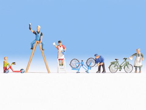 Штукатуры с велосипедами 5 человек + оборудование + велосипеды