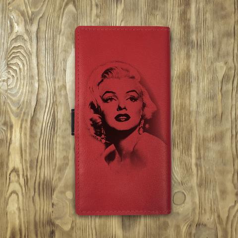 """Клатч на кнопке большой """"Мэрилин Монро"""", красный с черным хлястиком и отделом под карты"""