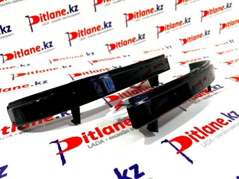 Указатели поворота в зеркало Лада Приора-2 бегущие в стиле Lexus (тонированный неон)