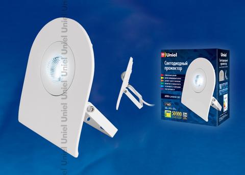 ULF-F10-30W/DW IP65 180-240В WHITE Прожектор светодиодный. Корпус белый. Цвет свечения дневной белый. Упаковка картон.