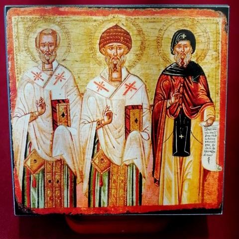 Икона святые Николай Чудотворец, Спиридон Тримифунтский и Антоний Великий на дереве на левкасе мастерская Иконный Дом