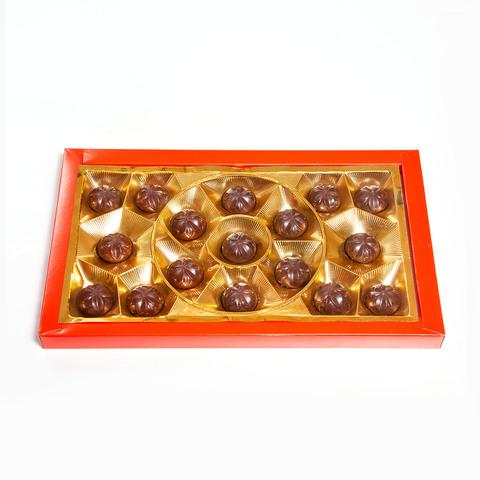 Набор конфет Тайны века с шоколадно-молочным вкусом, 200 гр