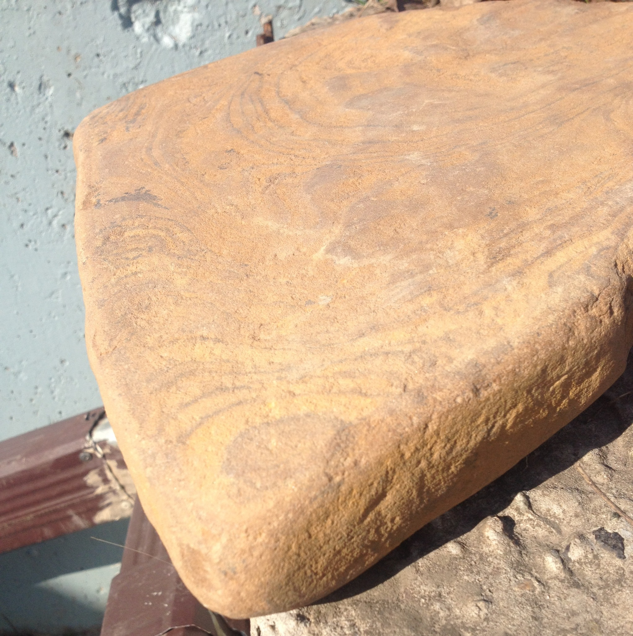 Камень Песчаник галтованный Ручейник РЫЖИК коричневый