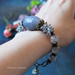 Дизайнерский браслет из турмалинового кварца, лабрадорита и агата