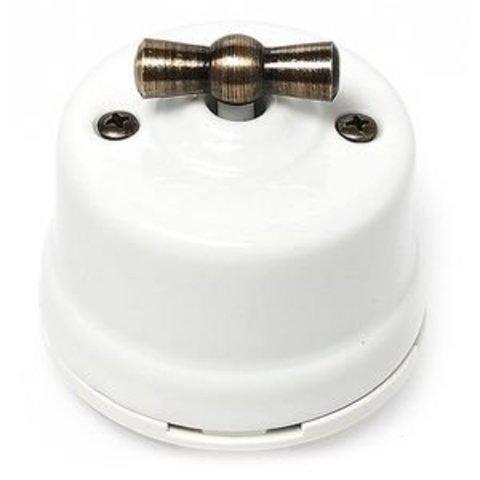 Выключатель одноклавишный проходной, для наружного монтажа. Цвет Белый. Salvador. OP11WT