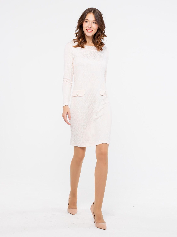 Платье З790-446 - Платье прилегающего силуэта из жаккардового трикотажа, с длинными рукавами и округлым вырезом. Фасон платья облегает фигуру, но оставляет свободу движений. Отлично будет смотреться как в офисе, так и на вечерних мероприятиях.
