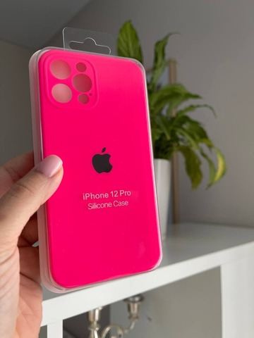 iPhone 12 Pro Silicone Case Full Camera /electric pink/