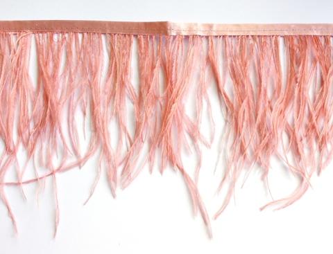 Тесьма  из перьев страуса h 10-15 см., пудра
