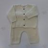 Комплект (кофточка + штанишки) жемчужной вязки из шерсти мериноса цв. молочный
