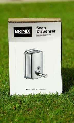 Дозатор для жидкостей 500 мл металл