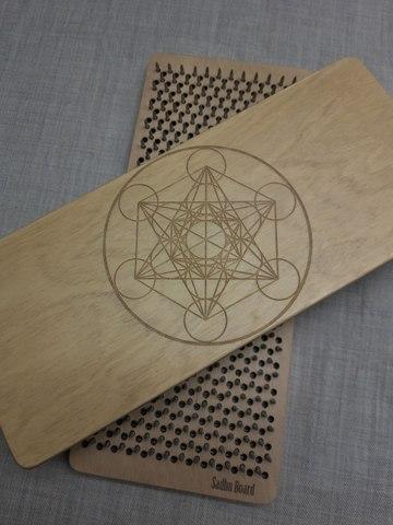 Доска с гвоздями Sadhuboard Geometry складная