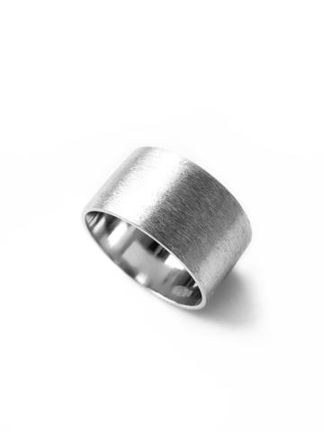 Серебряное широкое сатиновое кольцо