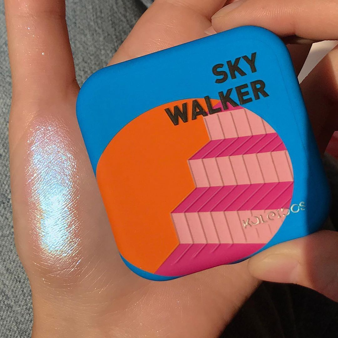 Kaleidos Makeup Sky Walker