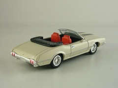 Oldsmobile 4-4-2 1970 New Ray 1:43