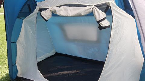 Палатка Canadian Camper SANA 4 PLUS, цвет royal, вход во внутреннюю палатку.