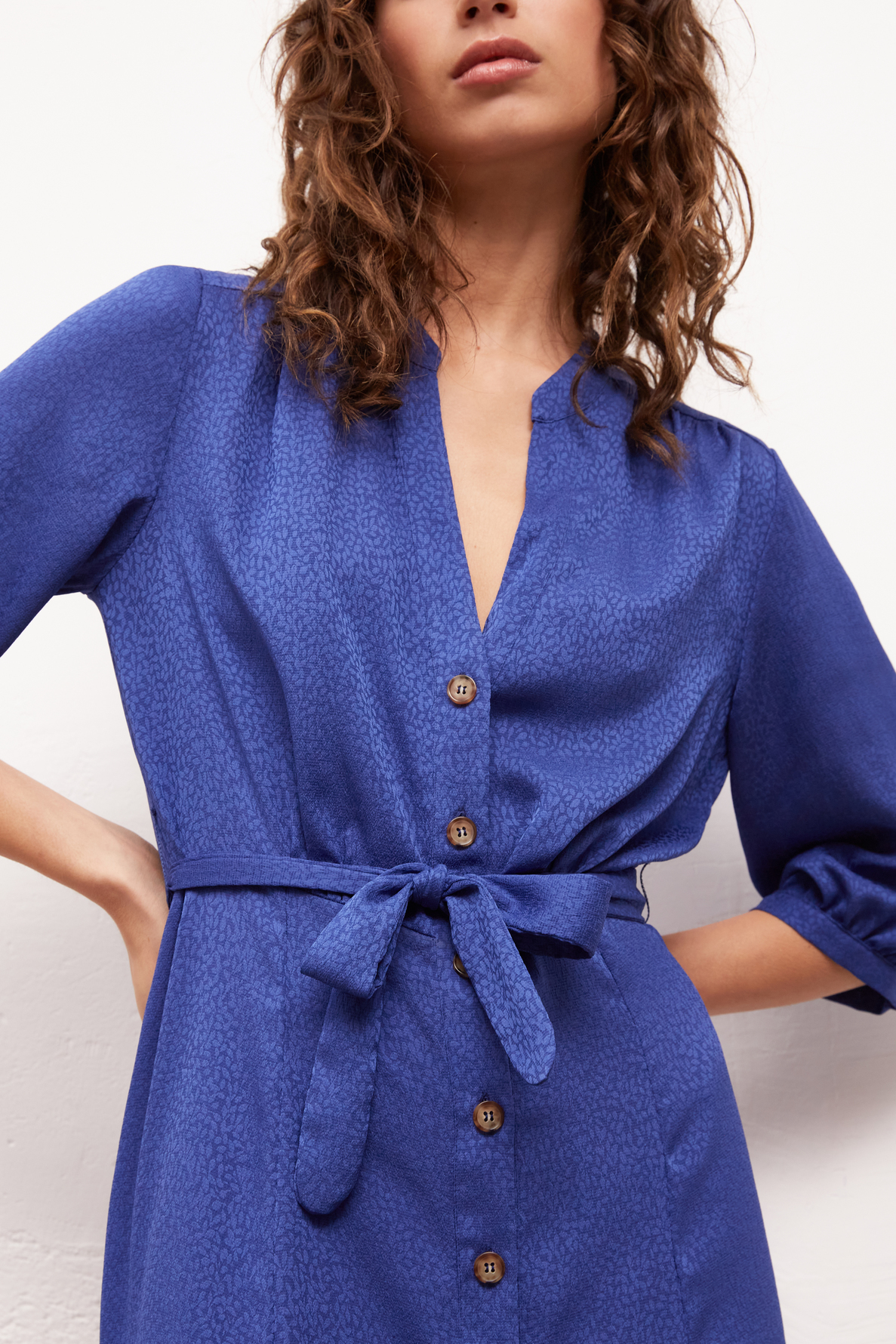SETTIMA - платье-рубашка средней длины из жаккарда