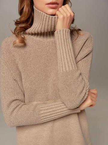 Женский свитер бежевого цвета с высоким горлом из шерсти и кашемира - фото 2