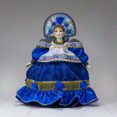 Кукла-грелка на чайник в русском наряде