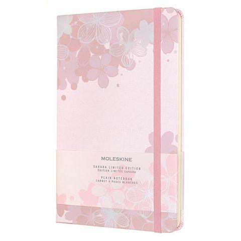 Блокнот Moleskine LE SAKURA (LESU03QP062) 130х210 мм, обложка текстиль, 240 стр. без линовки, светло-розовый