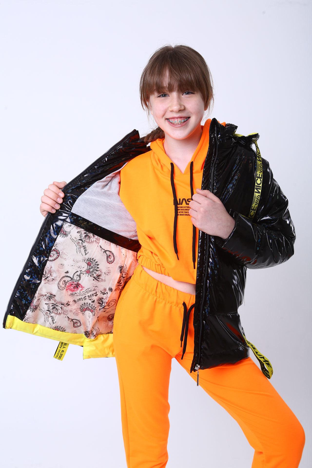 Куртка демисезон черная голограмма Minika, LB-2165