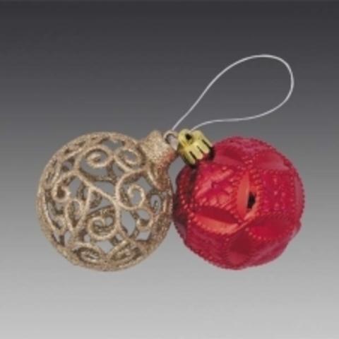 Гроздь из 2-х шаров: золотой филигранный и красный