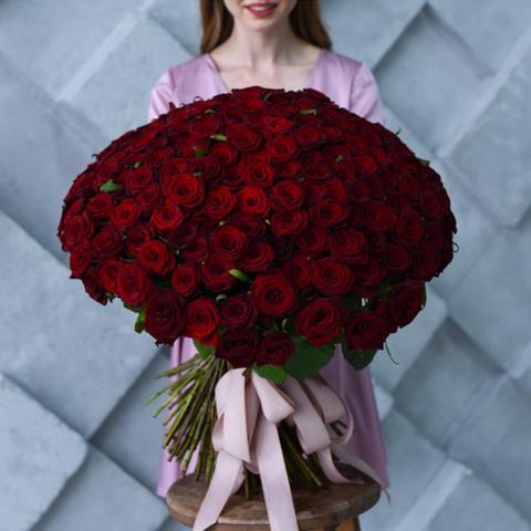 Букет 101 красная роза 80см