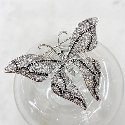 Брошь Циркон Бабочка с черными цирконами (пале)