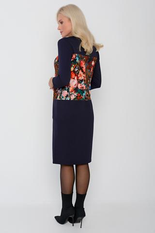 <p>Уютноя модель на каждый день. Платье прямого силуэта с заниженной талией, рукав 3/4.&nbsp;</p>