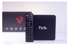 Смарт ТВ приставка Tanix TX9s 2/8 Гб Android 9.0