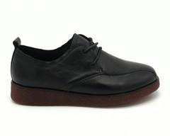Черные полуботинки на шнуровке