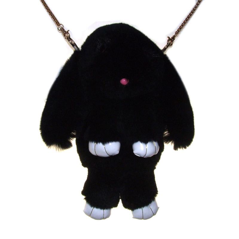 Чёрный вариант цвета сумки кролика